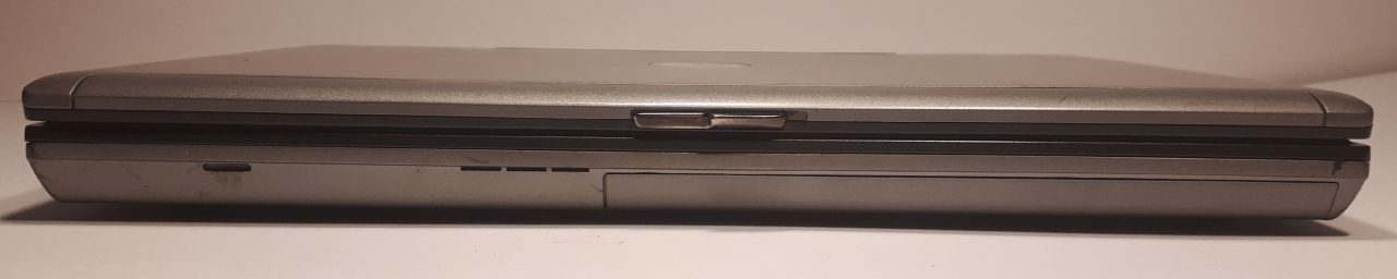 Dell D630 front