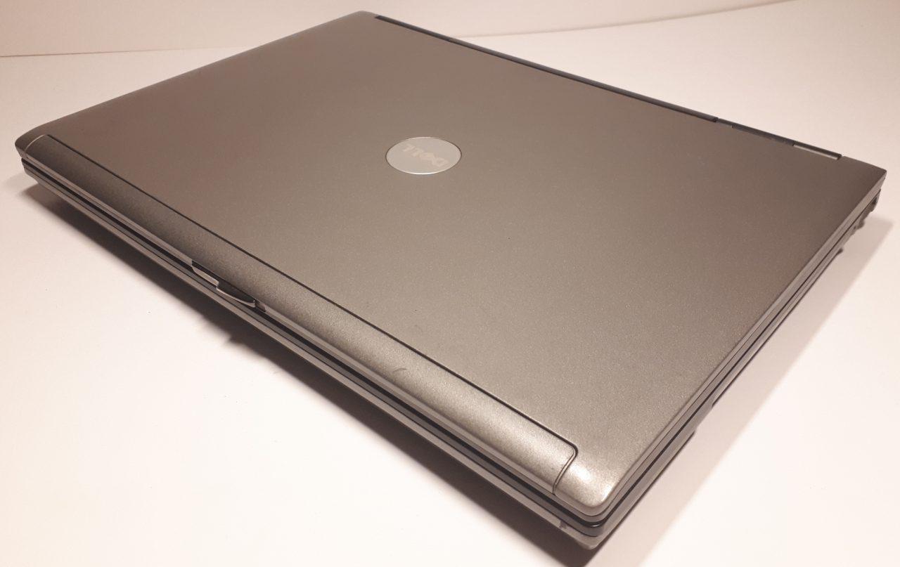 Dell D630 top